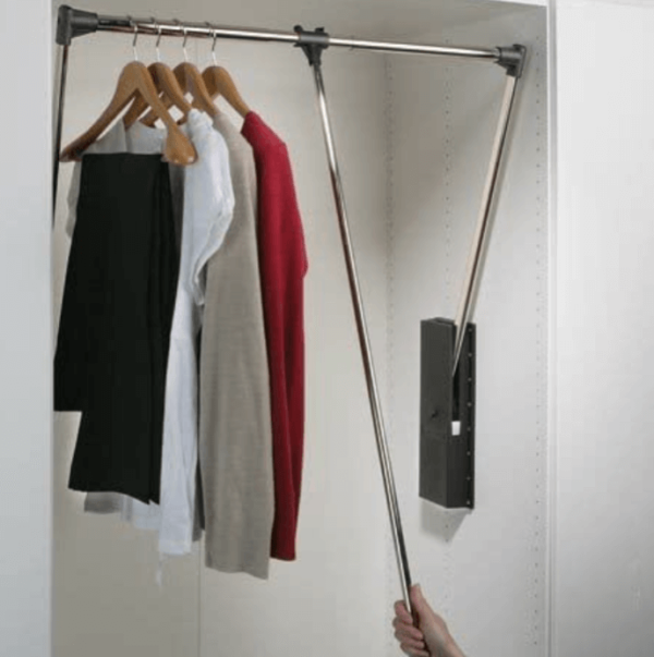 Ασανσέρ ντουλάπας για  κατέβασμα των ρούχων 60-83cm